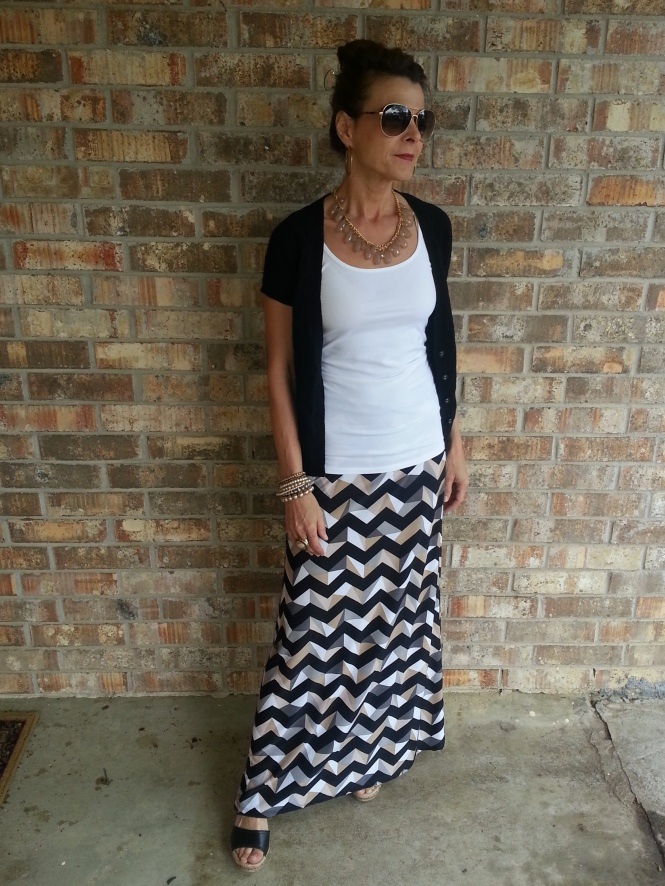 A maxi look which can be worn with or without the sweater.